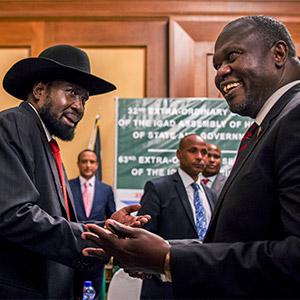 """남수단 대통령-반군지도자 2년만에 회동…""""평화 합의 못해"""""""