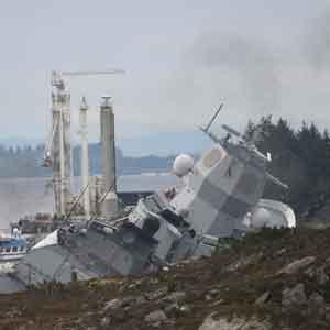 '나토 훈련' 노르웨이 호위함, 복귀 중 유조선과 충돌