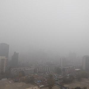 中 미세먼지 대란 이틀째…대기오염 황색경보