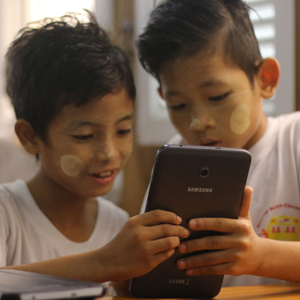 삼성전자, 미얀마서 '모바일 교육 버스' 운영