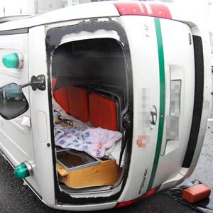 청주서 구급차-화물차 충돌…4명 경상