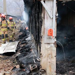 양평 양계장서 화재…닭 4만3천여 마리 폐사