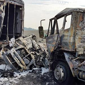불에 탄 사고차량