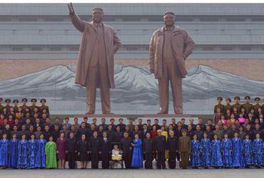 김정은, 증·개축 마친 조선혁명박물관 시찰