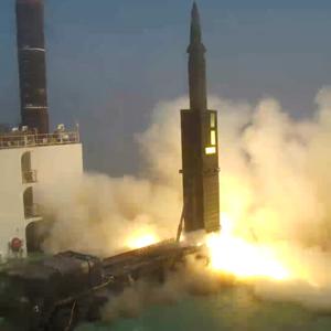 현무2 미사일 이동식발사대 발사시험