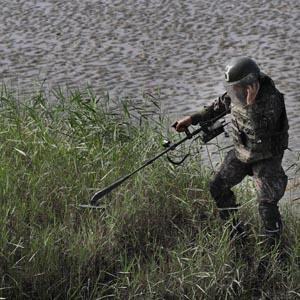 장마철 임진강변 지뢰 탐지 작전