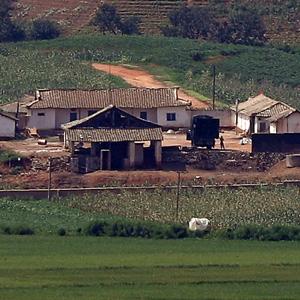 유난히 조용한 북한 마을
