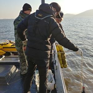 한강 하구 조사하는 남북 공동수로조사팀
