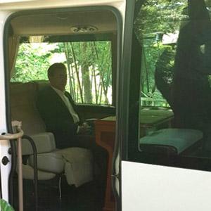 버스 탄 문 대통령