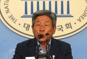 """국회사무총장 """"'국익 위한 최소한' 제외하고 모든 특활비 폐지"""""""