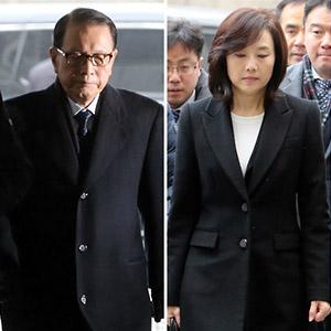 법원 출석하는 김기춘, 조윤선
