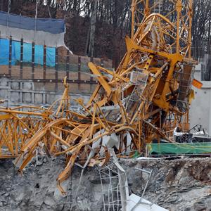 용인 물류센터 공사현장서 타워크레인 넘어져…7명 사상
