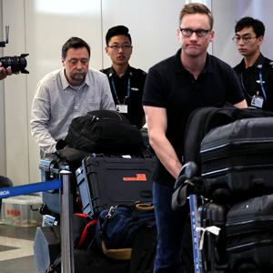북한 향하는 외신기자들…南취재진에겐 끝내 접수거부