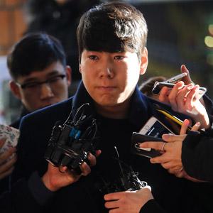 '음주뺑소니' 재조사 출석하는 강정호