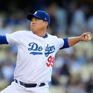 류현진, 메츠전서 5이닝 2실점…다저스는 7연승