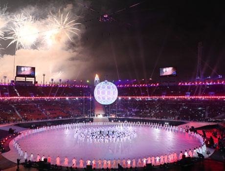 '한계 뛰어넘은 도전' 평창 겨울스포츠 축제, 화려한 폐막