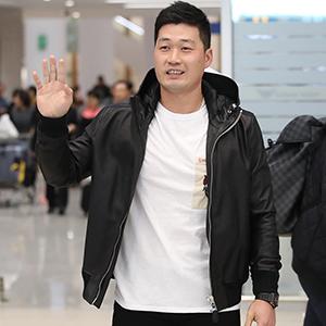 오승환, 한국인 최초 한·미·일 PS 출전 훈장 달고 귀국