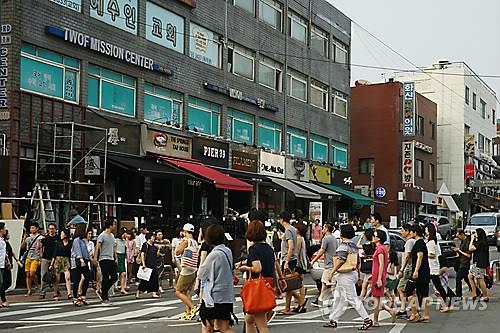 资料图片:位于首尔龙山区的一街道(韩联社/龙山区政府提供)
