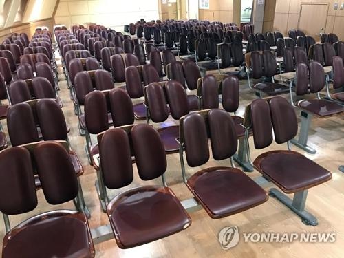 轮渡船舱内景(韩联社)