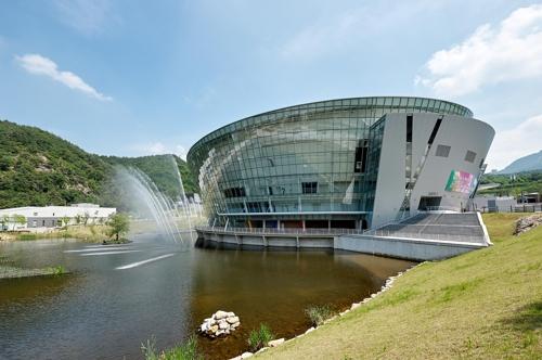 即将举办2017世界跆拳道锦标赛的茂朱跆拳道院T1体育馆(韩联社/WTF提供)