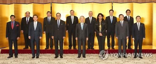 资料图片:2015亚洲商务峰会在东京举行。(韩联社)