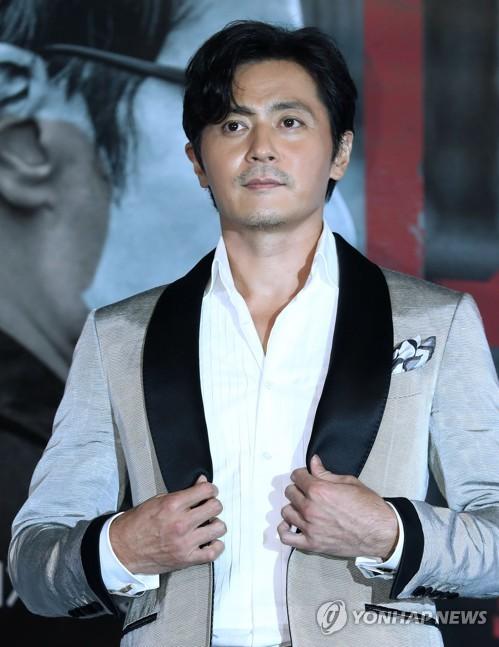 资料图片:演员张东健(韩联社)