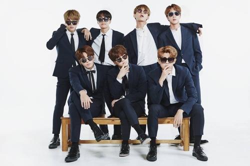 BTS团体照(官方脸谱)