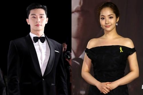 演员朴叙俊(左)和朴敏英(韩联社)