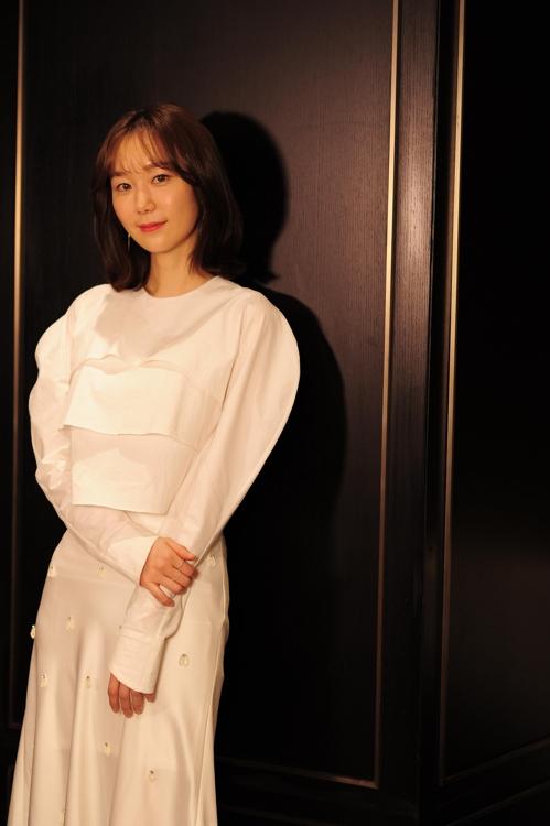 资料图片:演员李宥英(韩联社/OASISENT提供)
