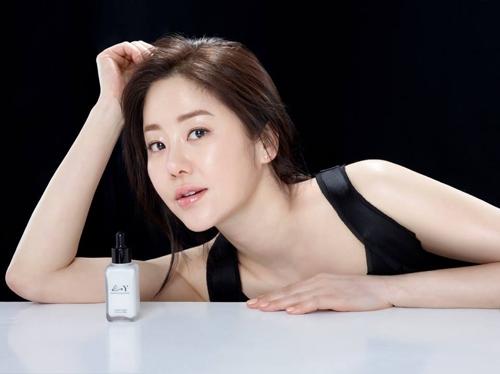 演员高贤廷(KOY脸谱)