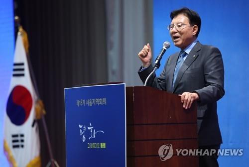 资料图片:韩国民主和平统一委员会首席副议长金德龙(韩联社)
