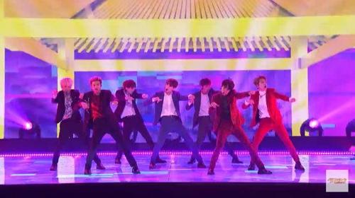 BTS《美国达人》表演舞台(韩联社/Big Hit娱乐供图)