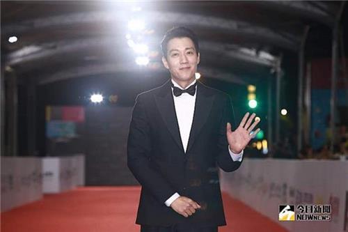 金来沅出席金钟奖颁奖礼。(韩联社/台湾今日新闻网供图)