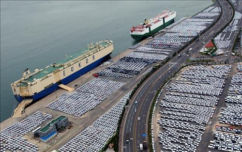 Cars Made By Hyundai Motor Co. Are Being Readied For Export At A Port In