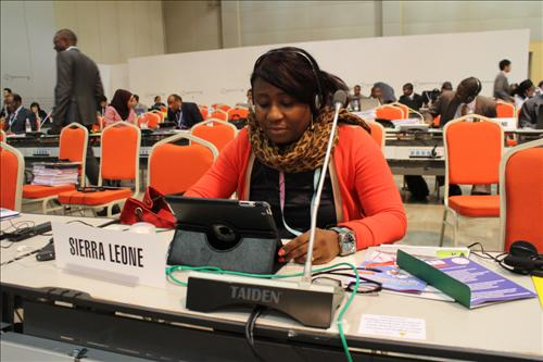 A Sierra Leone delegate speaks at the International Telecommunications Union (ITU) meeting on Nov. 3, 2014 on using ICT to tackle Ebola. (Yonhap)