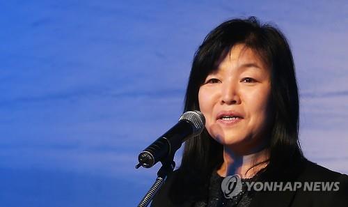 South Korean novelist Shin Kyung-sook (Yonhap)