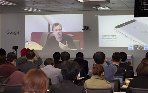 David Burke, Android engineering director at Google, speaks before the local press via video conference at a media launch event for the Nexus 5X and 6P held at the Seoul Google Inc. office on Oct. 13, 2015. (Photo courtesy of Google Korea)