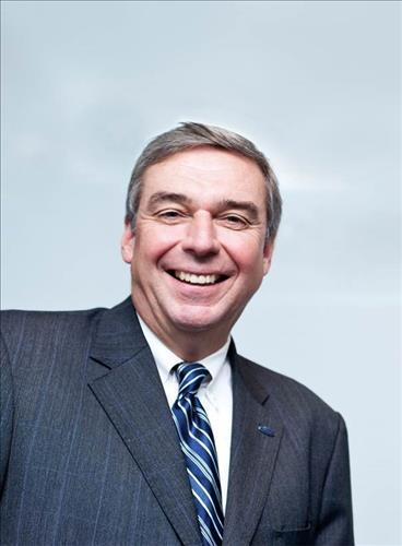 Ford motor executive named new amcham korea president for Ford motor company executives