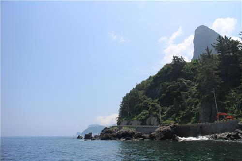 Mount Songgot standing at the northern part of Ulleung Island. (Yonhap)
