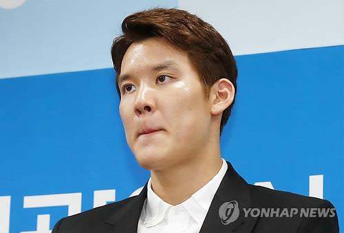 In this file photo taken on May 2, 2016, South Korean swimmer Park Tae-hwan listens to a question during a press conference at Incheon City Hall. (Yonhap)