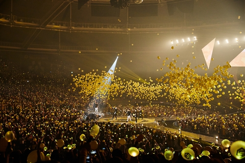 """South Korean boy band Sechs Kies performs in a comeback concert entitled """"Yellow Note"""" held in southeastern Seoul on Sept. 11, 2016. This photo was provided by the YG Entertainment."""