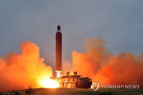 U.S. threaten 'overwhelming response' to north Korea nuclear strike