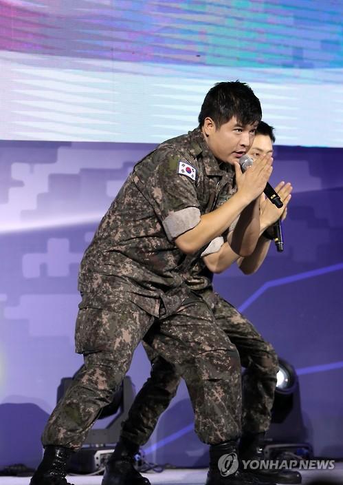 Shindong, Do Super Junior, Retorna Do Exército