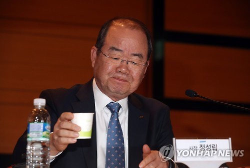 This file photo, taken on Nov. 2, 2016, shows Jung Sung-leep, CEO of cash-strapped Daewoo Shipbuilding & Marine Engineering Co. during a press conference in Seoul. (Yonhap)