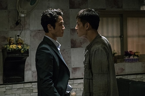 """This image provided by Opus Pictures is a still from the Korean courtroom film """"New Trial."""" (Yonhap)"""