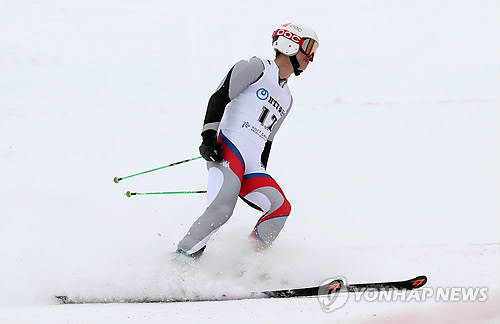 (Winter Asiad) S. Korea collects 6 gold medals to move back on top in medal race