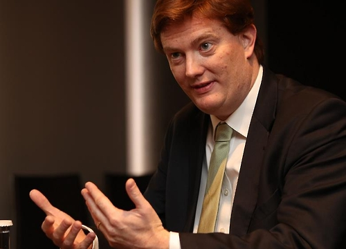 Danny Alexander, vice president of the Asia Infrastructure Investment Bank (AIIB), speaks in an interview with Yonhap News Agency in Seoul on Feb. 27, 2017. (Yonhap)