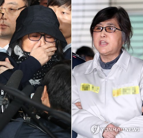 "This combined photo shows Choi Soon-sil (R), a close friend of President Park Geun-hye and key figure in an influence-peddling scandal that led to the president's impeachment, shouting to reporters after arriving at the independent counsel team's office in Seoul on Jan. 25, 2017. She told reporters, ""The special counsel's team is no longer democratic,"" claiming, ""They have been forcing me to confess that I colluded with President Park."" In stark contrast, Choi (L) said, ""I committed a sin that deserves death,"" on Oct. 31, 2016, when she appeared at the Seoul Central District Prosecutors' Office after being summoned for questioning. (Yonhap)"