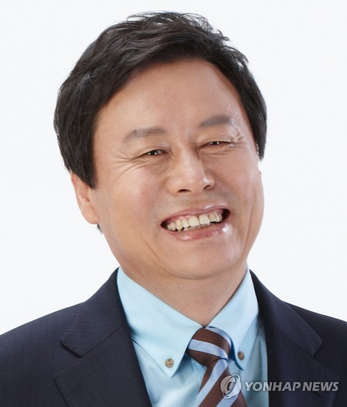 This file photo shows the Culture Minister nominee Do Jong-hwan. (Yonhap)
