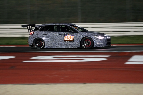 Hyundai Motor's i30 N TCR races on a track in Italy in this undated photo. (Photo courtesy of Hyundai Motor) (Yonhap)